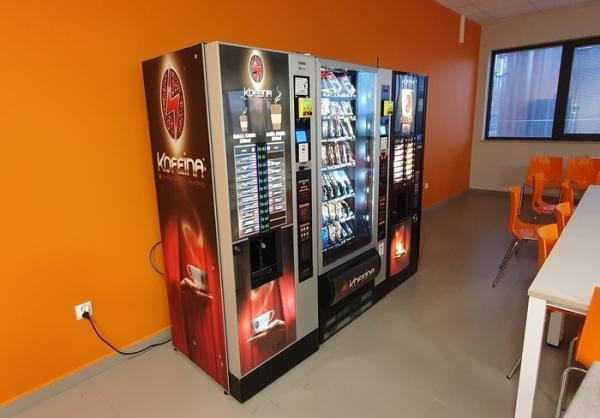 kofeina-automaty-do-przekasek-napojow-10