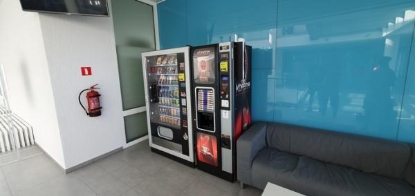 kofeina-automaty-do-przekasek-napojow-15