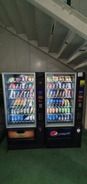 kofeina-automaty-do-przekasek-napojow-3