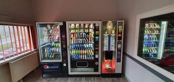 kofeina-automaty-do-przekasek-napojow-5